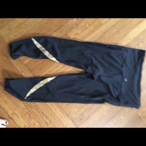 GAP Pants - Gap fit Capri maternity leggings